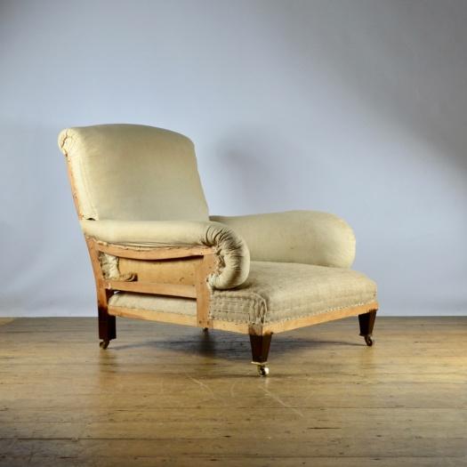 C262 Very Large English Deep Seated Armchair